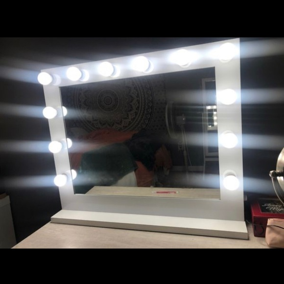 Other - Hollywood lights vanity mirror